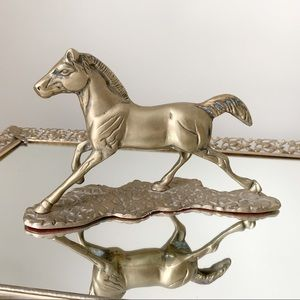 🆕 VTG Brass Horse